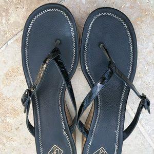 Donald Pliner wedge sandal.